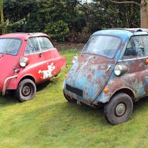 2 x BMW Isetta 300 Bubble Cars